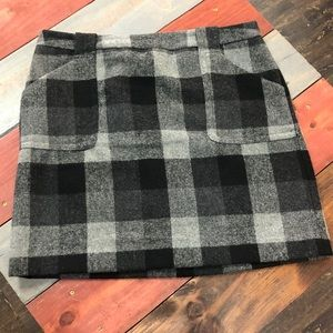🎉3/$35 Liz Claiborne Plaid Skirt with Lining